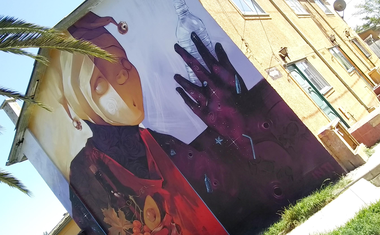 Street mural in Valparaiso